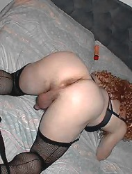 Crossdressers sucking each..